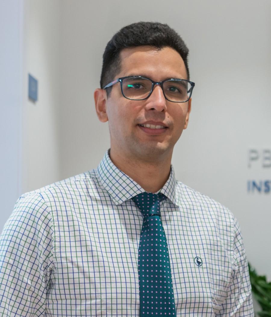 Dr-Perdomo-especialista-alergologia-institut-de-salut-pb-clinical